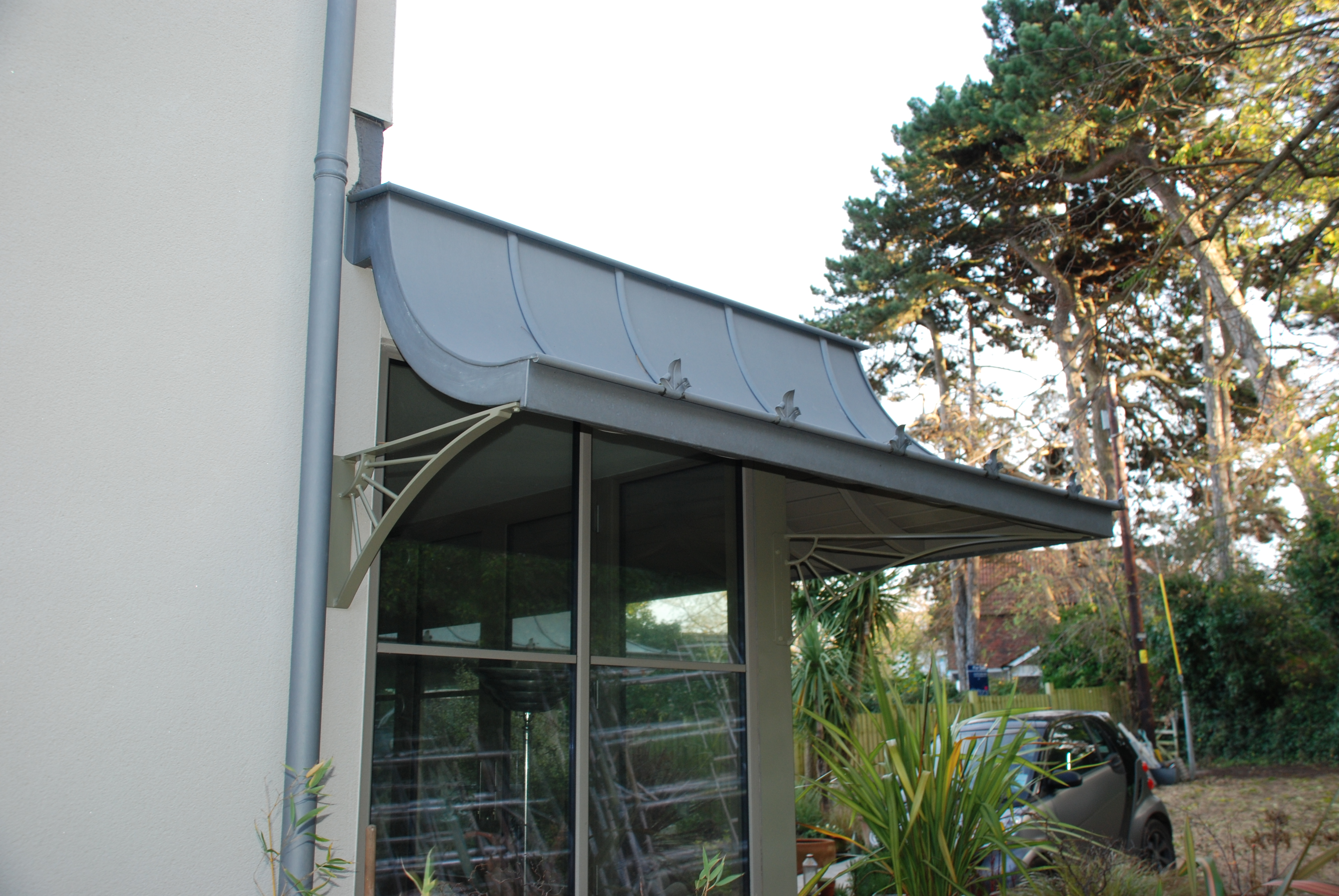 Period Canopy For A Modern House